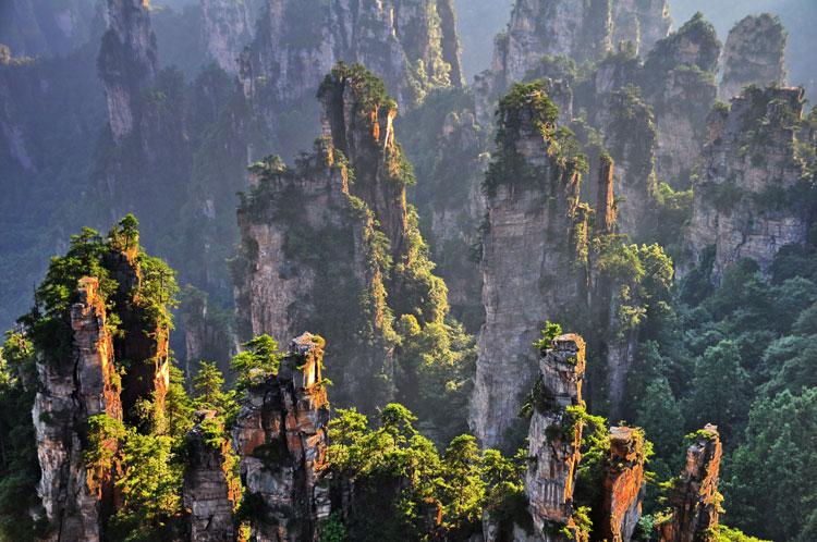 Edurne, una guerrera en Zhangjiajie, el bosque de piedra de Avatar
