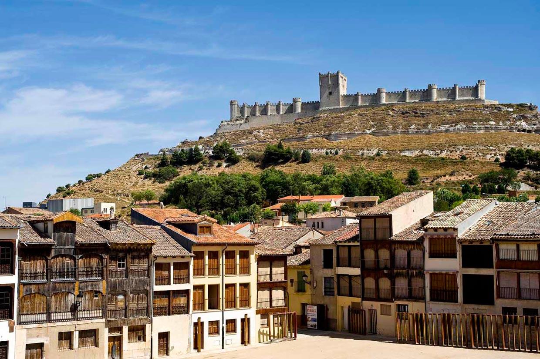 Un viaje en imágenes por pueblos encantadores donde el tiempo se detuvo en el medievo