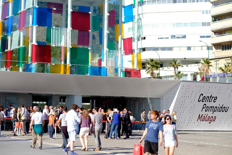 Arte frente a la playa, nos vamos de museo en museo por Málaga