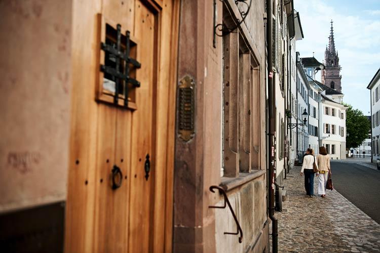Pistas para una escapada sibarita a Basilea, una ciudad para caminarla