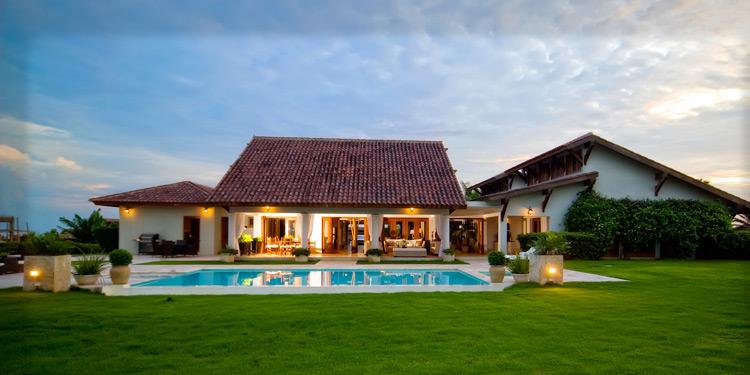 Verano de lujo en la rep blica dominicana for Casa moderna en el campo