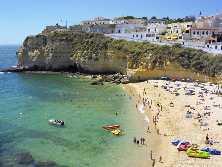 Fin de semana de chicas en un para so cercano - Banarse con delfines portugal ...