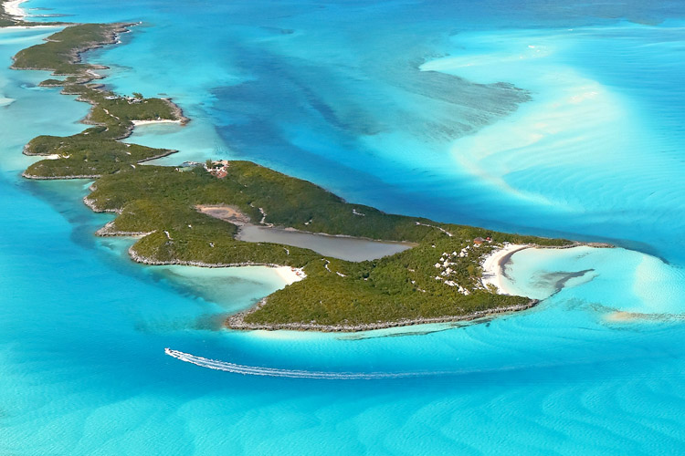 Jugando a robinson crusoe islas privadas para famosos en for Hoteles en islas privadas