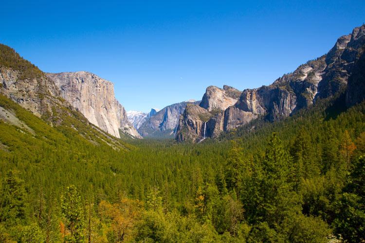 Aventuras senderistas increíbles en Yosemite, como Fernando Alonso y Lara Álvarez