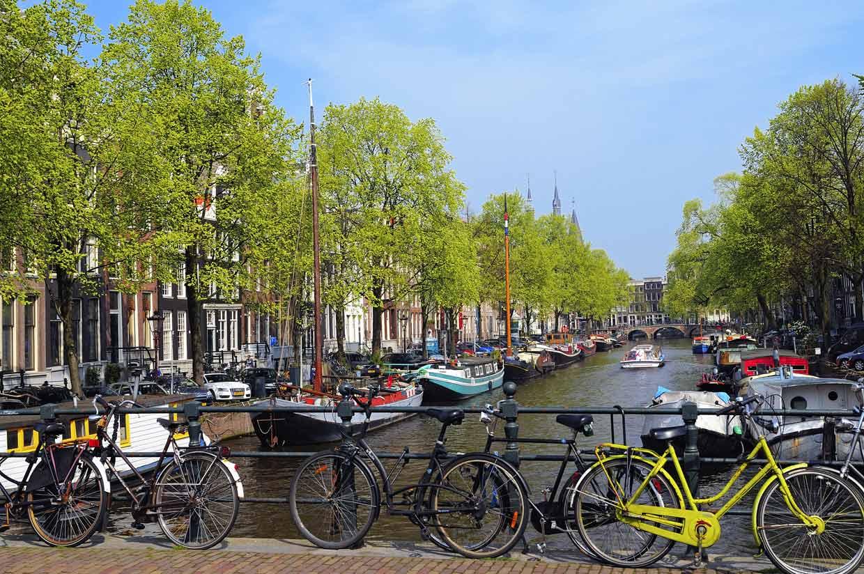 Doce ciudades con canales para recorrer en barco otra for Affitto bici amsterdam