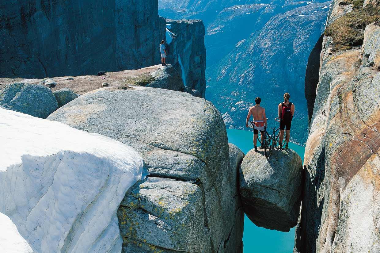 De fiordo en fiordo por los paisajes más espectaculares del planeta