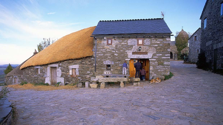 11 pueblos de galicia que son bonitos a rabiar - Casas rurales galicia con encanto ...
