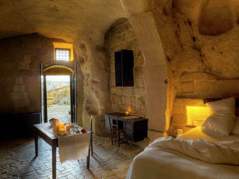 El hotel de las cavernas pura originalidad for Decoracion para hoteles