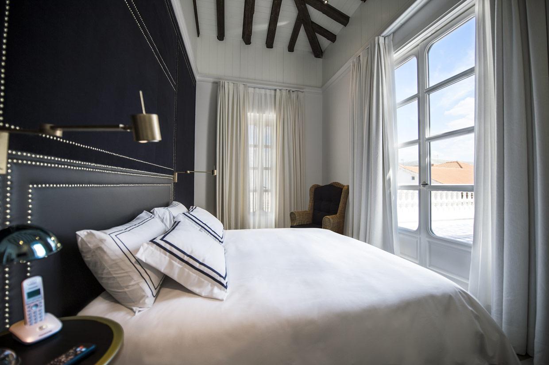 El mejor hotel boutique de dise o del mundo est en madrid - Decoracion habitaciones de hotel ...