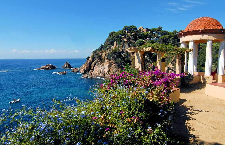 Ocho escenarios naturales de España donde brilla la recién estrenada primavera