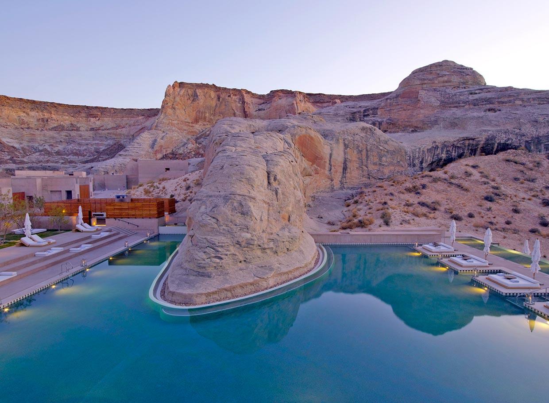 Las piscinas m s espectaculares del mundo para recibir el for Piscinas del mundo