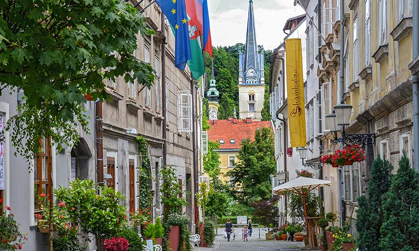 De paseo por Liubliana, la capital verde europea
