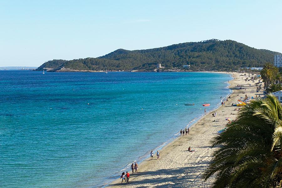Ibiza-Playa-en-Bossa-a.jpg