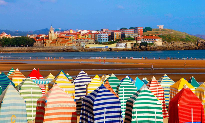Gijón, la mejor ciudad con playa de España para nuestros lectores