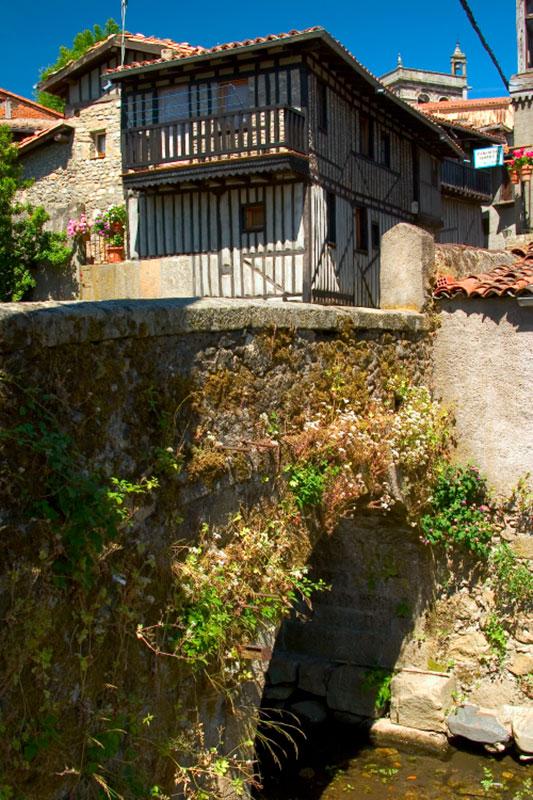Seis pueblos con encanto de salamanca para enlazar en una for Alberca pueblo de salamanca