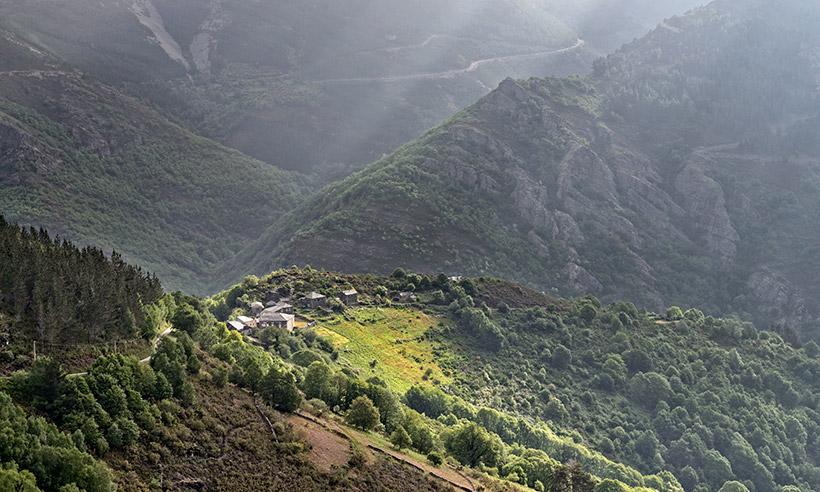 Los Oscos, una comarca ejemplar de Asturias, en la agenda semanal de los Reyes
