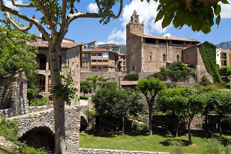 Top 10 de los pueblos m s bonitos de barcelona foto for Sitios donde casarse en barcelona