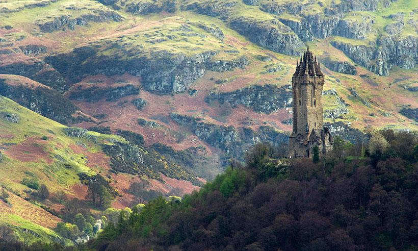 De castillos, fantasmas y monstruos por Escocia