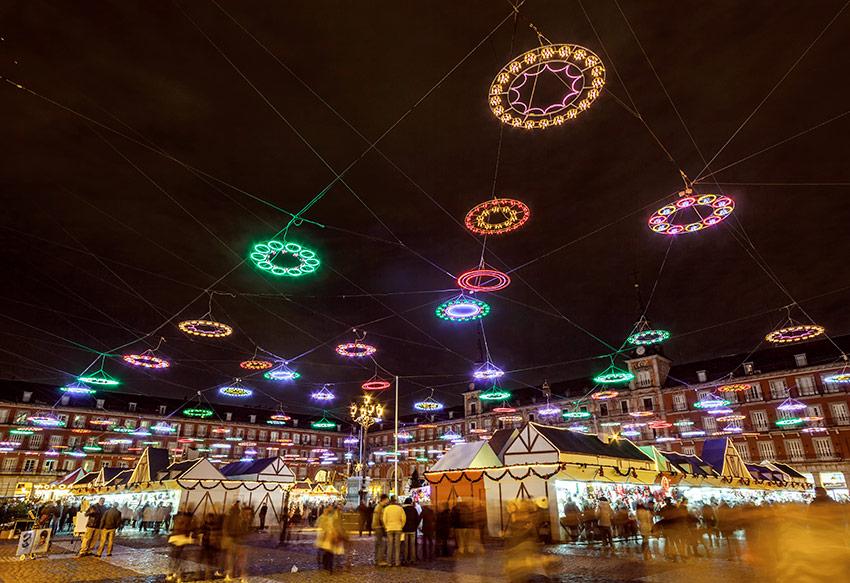 Y lleg la navidad diez mercadillos navide os de europa - Mercado de navidad madrid ...