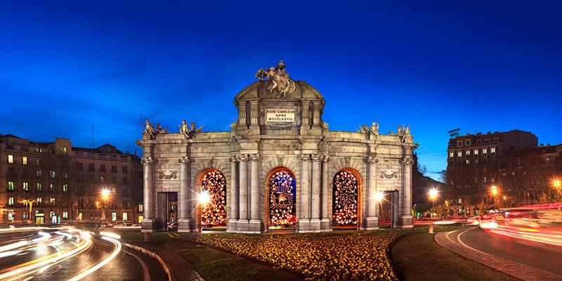 Diez ideas para una navidad 10 en madrid foto - Puerta bonita espana ...