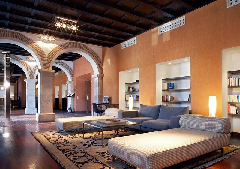 Cinco palacios 5 estrellas para dormir por menos de 100 - Santa ana valladolid ...