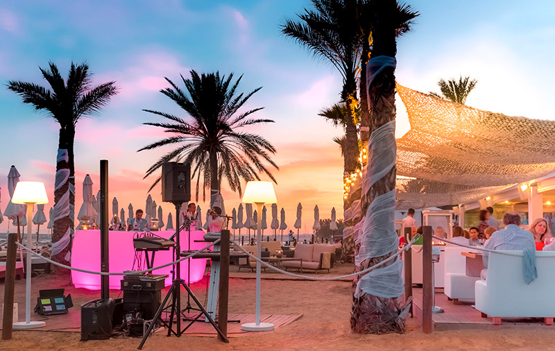 amare-marbella-beach-restaurante-noche-6
