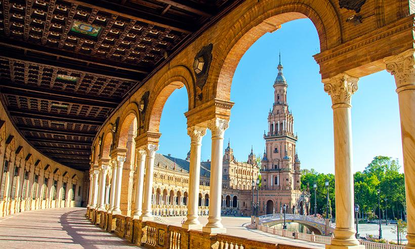 Un viaje en imágenes por las ocho capitales de Andalucía