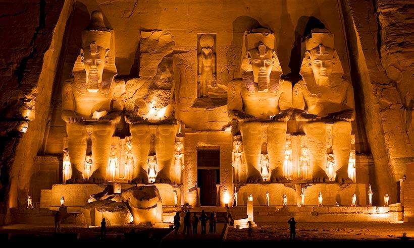 Los templos más increíbles de mundo excavados en roca