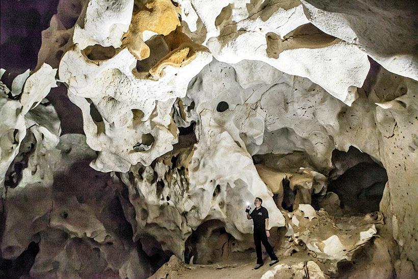 Resultado de imagen de cueva del puerto