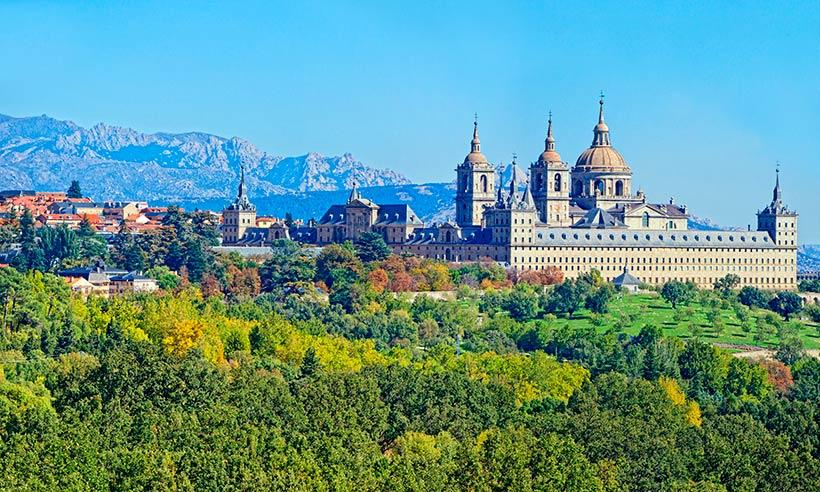 San Lorenzo de El Escorial, sitio real y natural, en 10 imprescindibles