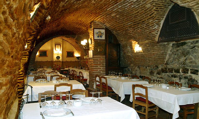 El restaurante más antiguo del mundo está en Madrid… y ¡es de novela!