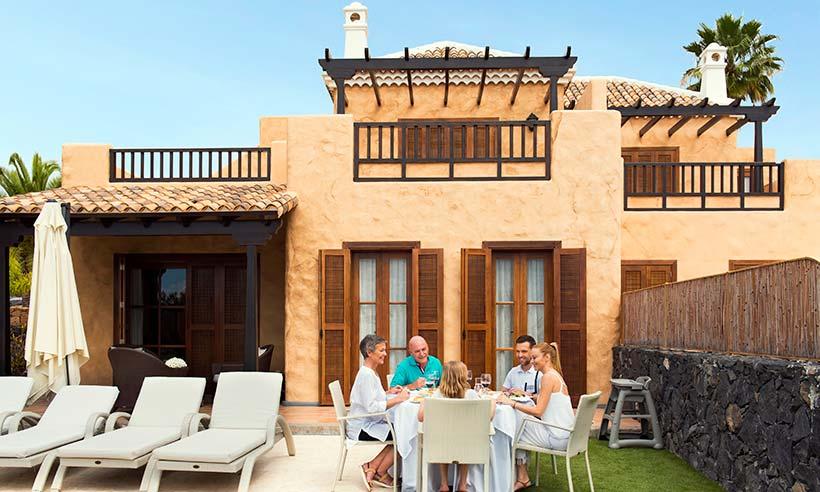 Vacaciones en Tenerife en una villa familiar