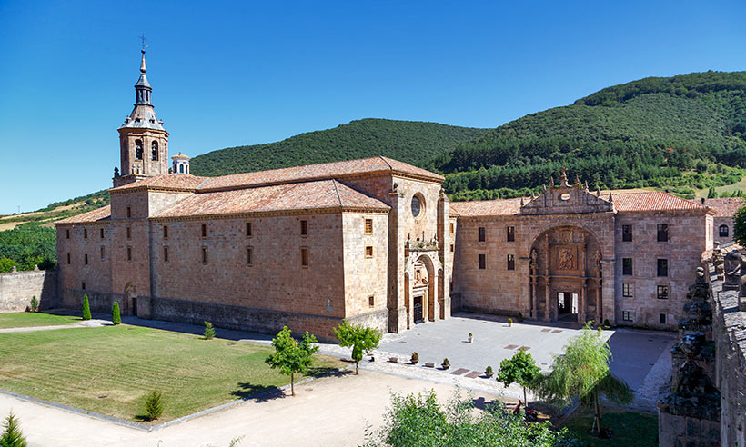 Una ruta en coche por pueblos de La Rioja con mucho arte