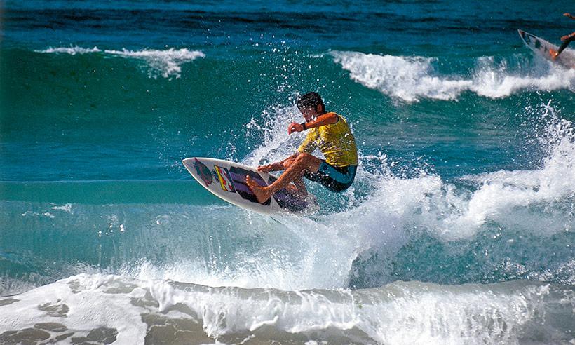 Diez playas del Norte donde debes surfear alguna vez en tu vida