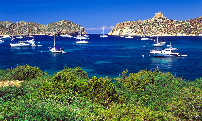 Cómo descubrir Cabrera, la isla más desconocida de las Baleares