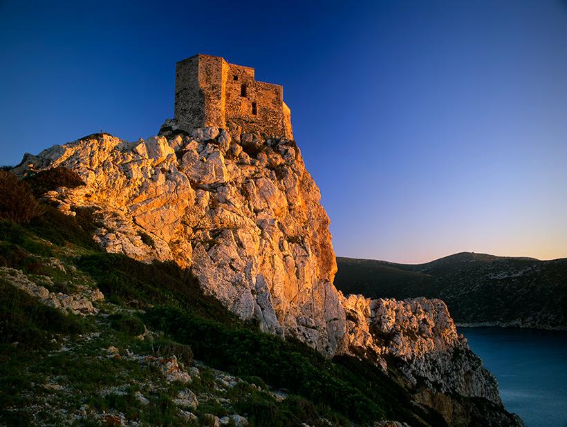Isla-de-Cabrera-Castillo