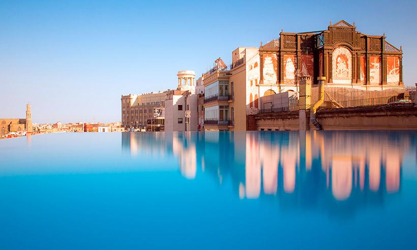 Diez baños celestiales: piscinas en azoteas de hoteles urbanos