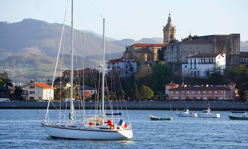 Hondarribia, un pueblo marinero para pasarse el verano junto al mar