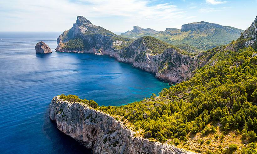 Mallorca, en 10 imprescindibles (empezando por una buena ensaimada)