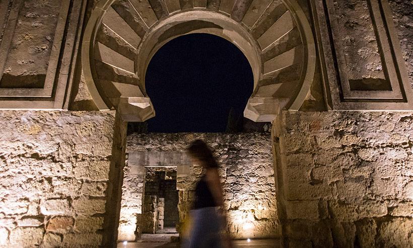 Y de repente en medina azahara se hizo la luz - Medina azahara decoracion ...