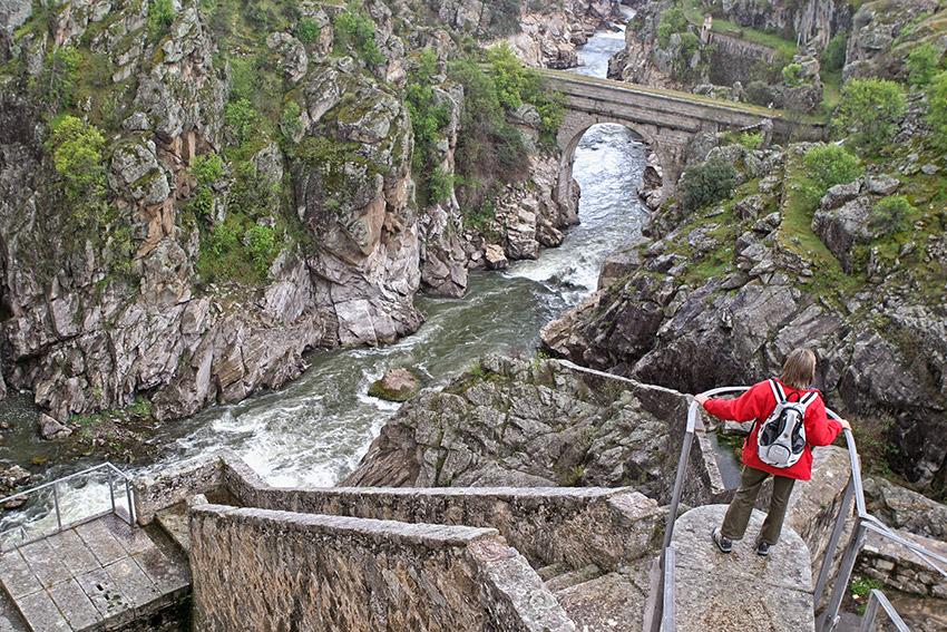 Imagen de la presa de Villar