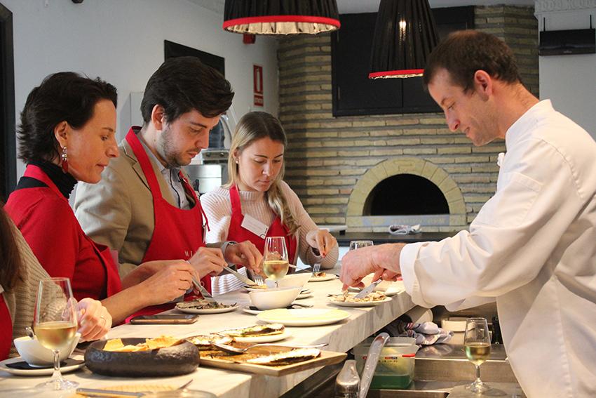 Escapada gourmet a sevilla que en abril tiene un sabor especial foto 1 - Curso cocina sevilla ...