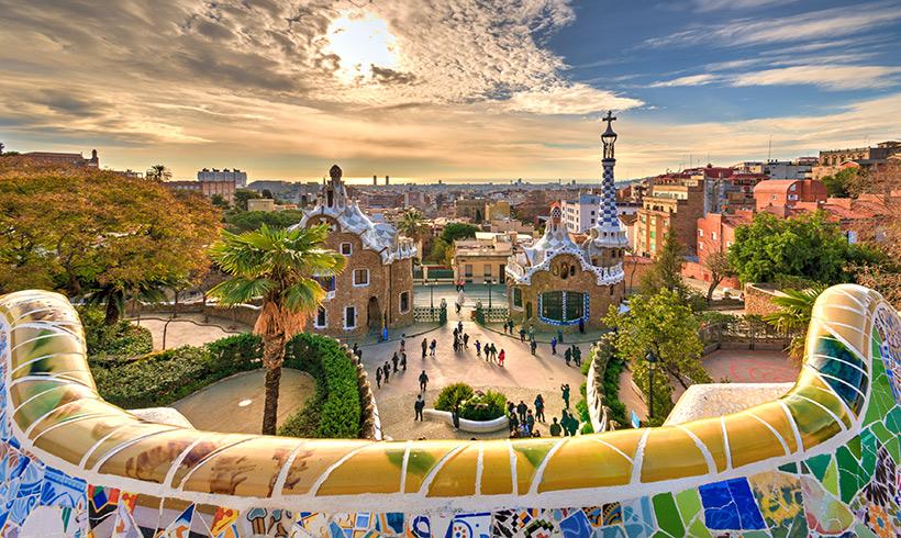 El Parque Güell, la Plaza Mayor de Madrid y los otros 10 lugares más fotografiados del mundo