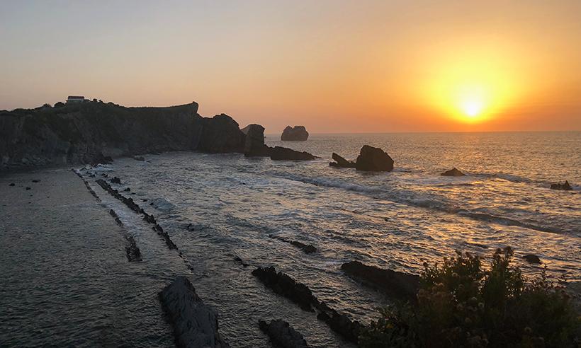 ¡Qué bonitas estas playas de Cantabria! Es tiempo de disfrutar del mar