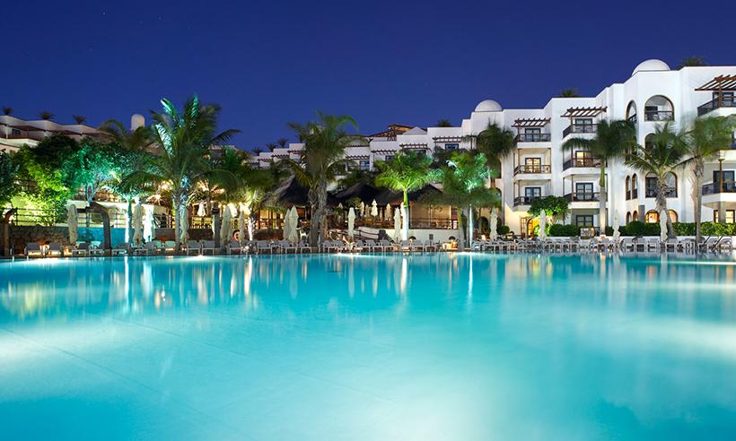 Naturaleza, playas de arena blanca… Lanzarote, el lugar ideal para desconectar en familia
