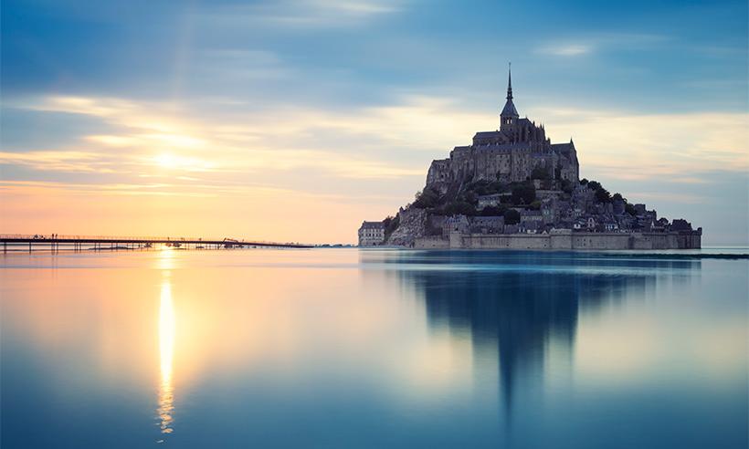Mont-Saint-Michel, el monte que se convierte en isla durante unas horas