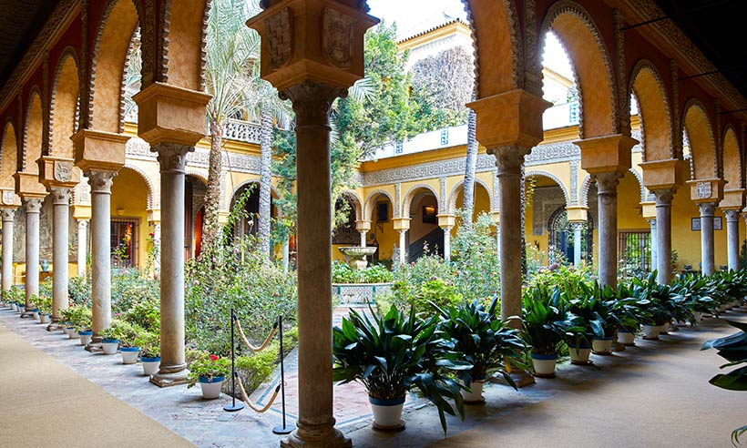 Un paseo de arte por Las Dueñas, la residencia sevillana de los Alba
