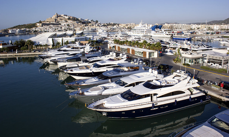 Marina Ibiza, el lugar favorito de las 'celebs' para dejarse ver