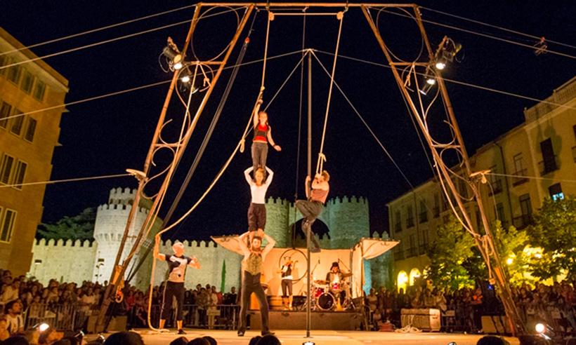 Ávila, capital del circo en agosto ¿se te ocurre un plan mejor para rematar el mes?