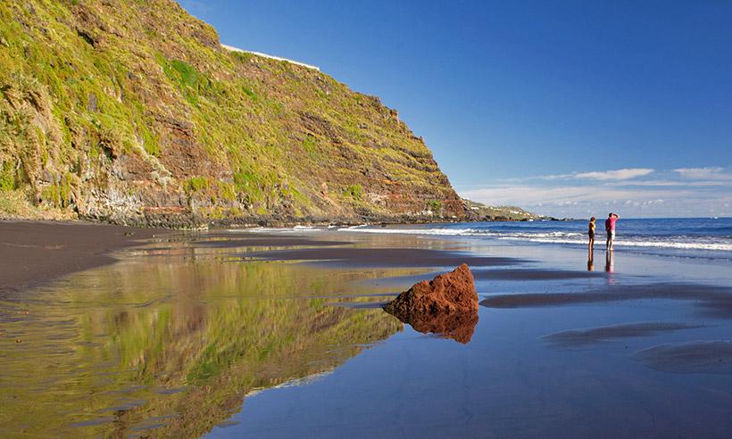 Las playas perfectas de La Palma son de arena negra